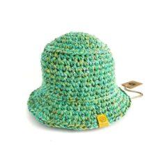 kapelusz na szydełku zielony